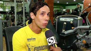 Atleta de Volta Redonda vai representar o Brasil na ultramaratona no Deserto do Saara - Conheça Rafael Sampaio.