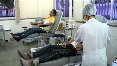 Doação de sangue cai em período de colheita do café no Noroeste do ES - Para não perder dias de trabalho, doadores deixam de ir até o Hemocentro.