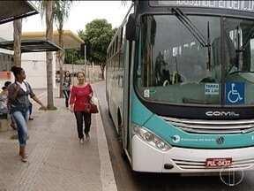 Projeto prevê parada de ônibus fora dos pontos após às 22h em Montes Claros - A parada seria para idosos, mulheres e deficientes físicos.