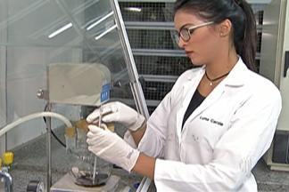 Etec de Suzano conquista premiação na Feira Brasileira de Ciências e Engenharia - Alunas pesquisaram uso de uma substância de origem vegetal para substituir produto tóxico.