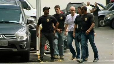 Justiça Federal estipula fiança de R$52 milhões para Eike Batista - Réus da Operação Calicute começaram a ser ouvidos na Justiça Federal.