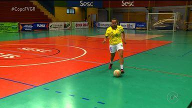 Revelada na Copa TV Grande Rio, pivô petrolinense conquista títulos e brilha no futsal - Aos, 26 anos, ela joga em uma equipe do Paraná e foi convocada pela Seleção.