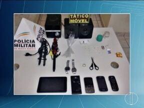 Homem de 29 anos é preso em Pirapora suspeito de tráfico de drogas - Na casa dele foi apreendido além de drogas produtos sem origem comprovada.