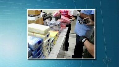 Receita Federal apreende 232 quilos de cocaína no Porto de Suape - Droga estava escondida em meio a pedras ornamentais, em um contêiner.