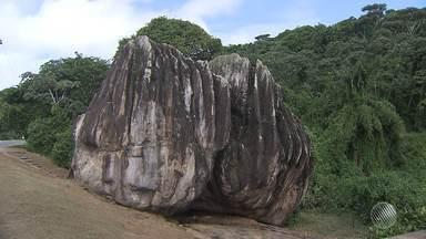 Tombamento da Pedra de Xangô é celebrada por praticantes de religiões de matriz africana - Ato aconteceu na tarde desta quinta-feira (4).