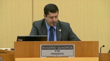 Rogério Quadros é mantido como presidente da Câmara em Foz - Agora falta definir quem será o vice presidente da casa.