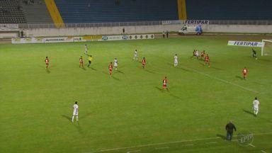 Boa Esporte bate o Tupynambás e assume liderança do Hexagonal Final - Boa Esporte bate o Tupynambás e assume liderança do Hexagonal Final