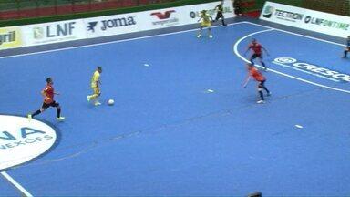 Time de de futsal Rondon vence visitantes - A partida foi entre o Rondon e o Carlos Barbosa do Rio Grande do Sul.