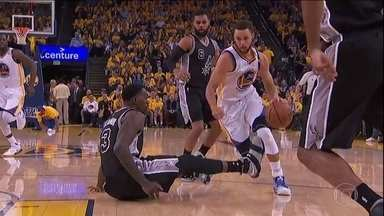 Golden State Warriors abre 2 a 0 em cima do San Antonio Spurs na final do Oeste da NBA - Golden State Warriors abre 2 a 0 em cima do San Antonio Spurs na final do Oeste da NBA