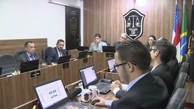 Nacional e Rio Negro são absolvidos no Pleno do TJD-AM e recuperam pontos - Instância maior do Tribunal de Justiça Desportiva do Amazonas, em votação nesta terça, optou por absolvição das equipes, além do Penarol. Foram 5 votos a favor e 4 contra.