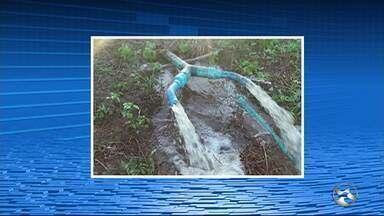 Dois homens são presos por furto de água em Caruaru - Água estava sendo desviada da Companhia Pernambucana de Saneamento (Compesa) e depois vendida.