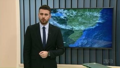 Sistema de baixa pressão pode trazer temporais ao Noroeste nesta quinta - Segundo o Simepar, há o risco de raios e chuva forte a qualquer hora do dia na região. Tempo continua instável até domingo.