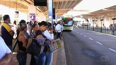 CDTC confirma que tarifa de ônibus não terá aumento, mas adia debate sobre melhorias - Passagem continuará custando R$ 3,70 após governador Marconi Perillo anunciar que estado vai arcar com 100% dos custos do Passe Livre Estudantil.