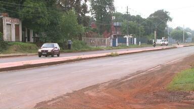 Moradores reclamam de sinalização e desrespeito às leis de trânsito na Av. Morenitas - Vários acidentes passaram a acontecer no local depois que via foi duplicada.