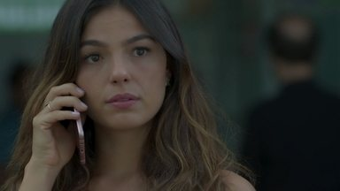 Ritinha visita Edinalva e acaba encontrando Zeca - A paraense esconde de Ruy que foi visitar a mãe com Marilda