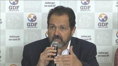 PF faz operação para prender dois ex-governadores do DF - José Roberto Arruda, Agnelo Queiroz, além do ex-vice-governador Tadeu Fillppelli, são investigados por superfaturamento nas obras do Estádio Mané Garrincha.