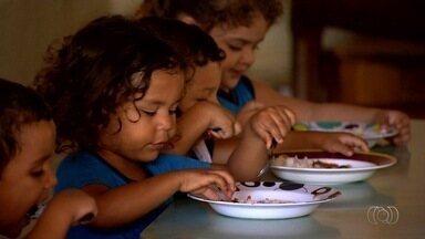 Núcleo Mãe Dolorosa pede ajuda para cuidar de 400 crianças, em Goiânia - Unidade também oferece várias aulas, como de música e dança.