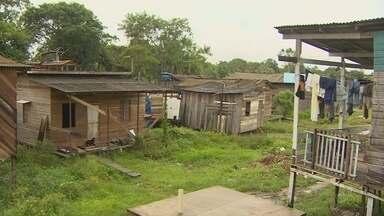 Audiência na Justiça Federal discute destino de área ambiental invadida em Santana - No local vivem mais de 400 famílias e alguns trechos do terreno estão em área de proteção.