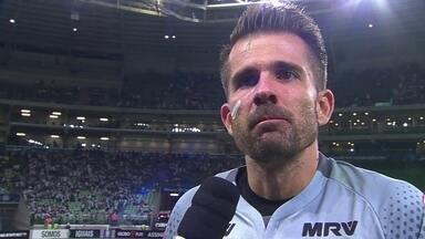Victor valoriza ponto conquistado fora de casa e fala sobre pênalti defendido - Goleiro teve grande atuação e garantiu empate do Atlético-MG.