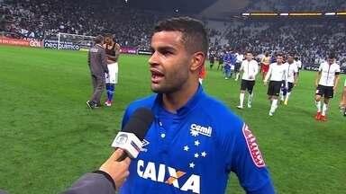 """Alisson exalta Cruzeiro mesmo após derrota: """"Nosso segundo tempo foi muito bom"""" - Raposa pressionou bastante, mas acabou derrotada fora de casa pelo Corinthians."""