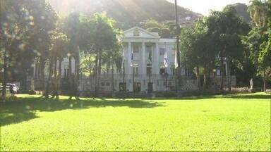 Jardins do Palácio da Cidade estão fechados para visitação - Local era aberto para visitação nos fins de semana e feriados até o início deste ano.