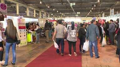 Mega Feira de Arapongas oferece descontos de até 70% - Atração segue até o próximo domingo.