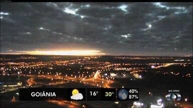Confira a previsão do tempo para Goiás nesta segunda-feira (19) - Capital deve ter temperatura variando entre 16ºC e 30ºC.
