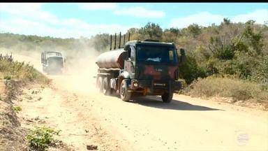 Exército envia equipes para combater seca no semiárido após desistência de pipeiros - Exército envia equipes para combater seca no semiárido após desistência de pipeiros