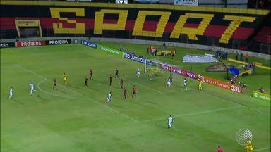 Vitória ganha do Sport por 3 x 1 e sai da zona de rebaixamento do Brasileirão - Confira as notícias do rubro-negro baiano.