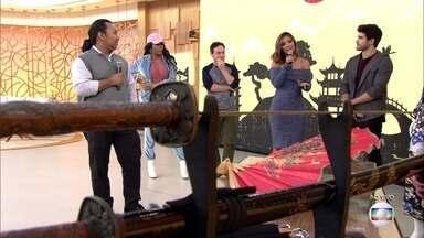 Professor de japonês fala sobre a tradição japonesa - Juliana Sana foi ao bairro da Liberdade, em São Paulo, conversar com os descendentes orientais.