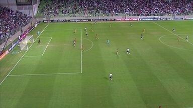 Melhores momentos de Atlético-MG 2 x 2 Sport pela 9ª rodada do Campeonato Brasileiro - Felipe Santana e Fre marcaram para os mineiros e Osvaldo e Diego Souza fizeram os gols dos visitantes.