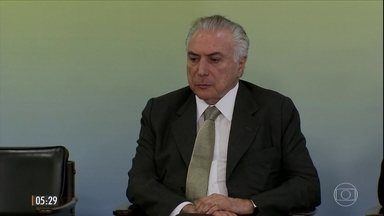 Prisão de Geddel 'bagunça' articulações para barrar denúncia contra Temer na CCJ - A prisão de Geddel Vieira lima repercutiu também na Câmara dos Deputados.