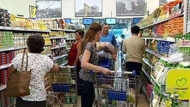 Safra recorde aumenta oferta de alimentos em Goiás - Com o consumo menor, alguns preços caíram para o consumidor.