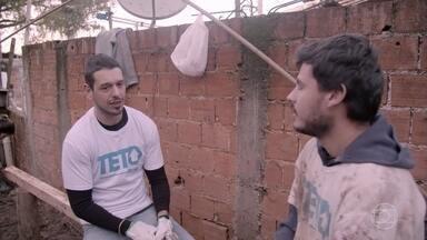 Turma do projeto Teto conta um pouco da experiência do trabalho - Voluntários revelam desejos para a família atendida