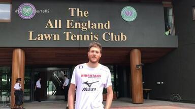 Gaúcho em Wimbledon mostra os bastidores da competição - Marcelo Demoliner é tenista e disputará as oitavas de final de dupla mista.
