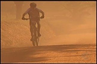 Sacramento recebe ciclistas de todo o Brasil para 2ª etapa da Copa Triângulo - Mais de 300 atletas competiram e desfrutaram das belezas naturais do percurso