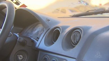 Em Macapá, PM atira em carro com família dentro; um bebê estava abordo do veículo - Uma das vítimas acredita que o policial teria se confundido. O motorista do veículo baleado foi atingido por quatro tiros.