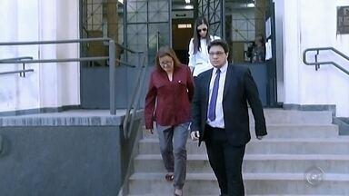 Advogado de ex-tesoureira acusada de desvio quer anular pedido de demissão - Defesa de Sueli Feitosa entrega alegações finais e tenta anular processo administrativo que pede seu afastamento da prefeitura de Santa Cruz do Rio Pardo. Ela é acusada de desviar R$ 7 milhões dos cofres públicos