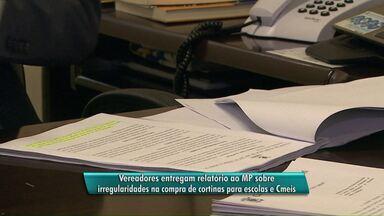 Vereadores entregam ao MP o relatório da compra de cortinas de escolas de Cascavel - O prejuízo aos cofres públicos pode chegar a 70 mil reais.