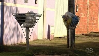 Moradores do Residencial Park Solar também reclamam da demora na coleta de lixo em Goiânia - A Companhia de Urbanização de Goiânia informou que vai até o bairro para checar o que aconteceu.