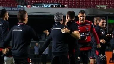 Em jogo aberto, Atlético-GO empata com o São Paulo no Morumbi - Dragão ficou atrás do placar duas vezes, mas acabou arrancando empate fora de casa contra o concorrente direto na luta contra o rebaixamento.