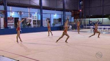 Seleção brasileira de ginástica rítmica faz treino-controle em escola de Aracaju - Seleção brasileira de ginástica rítmica faz treino-controle em escola de Aracaju