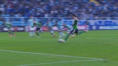 Avaí e Chapecoense sofrem goleadas pela Série A - Avaí e Chapecoense sofrem goleadas pela Série A
