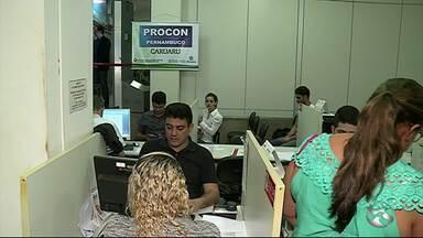 1º semestre de 2017 registra mais de 5 mil queixas no Procon Caruaru - Consumidores reclamaram de determinados serviços ou produtos oferecidos por empresas.