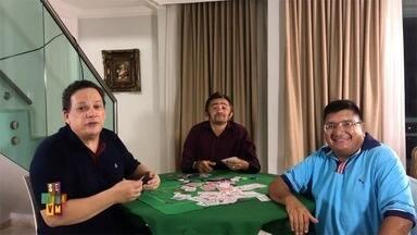Chamada: Uma partida de poker entre amigos no Se Liga no Humor deste sábado (15) - Essa amizade promete arrancar boas gargalhadas