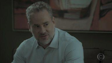 Eugênio repreende Ruy e o obriga a se desculpar com Shirley e Dantas - Ritinha é simpática com Nonato