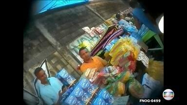 Roubo de cargas aumenta no Rio e também feiras de produtos roubados - Transportadoras registram altos prejuízos e custo aumenta para consumidor. Acari, Pavuna e Duque de Caxias têm grandes 'roubautos' no Grande Rio.
