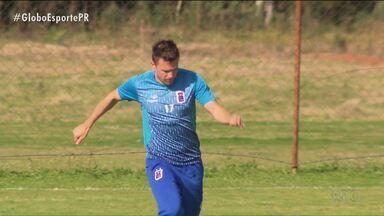 Sem técnico, Paraná Clube joga obrigado a vencer - Na Vila Capanema, Tricolor recebe nesta terça-feira (18) o Brasil de Pelotas com treinador interino; clube ainda não confirmou contratação de novo técnico