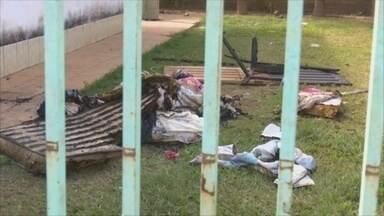 Polícia Civil investiga incêndio em casa de Vilhena, RO - Suspeita é que ação tenha sido criminosa.