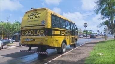 Motorista e monitores de transporte escolar são treinados em Cacoal, RO - Objetivo é desempenhar segurança de trabalhadores.